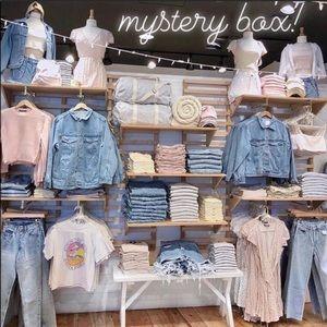 SUMMER/SPRING mystery box